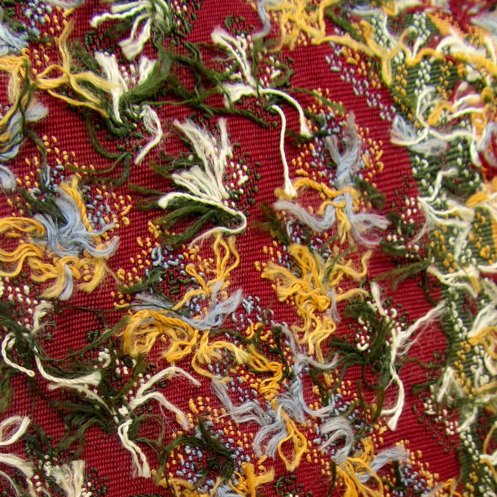 Detailed view of the back of the Chin weaving.